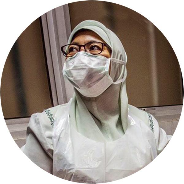 Nurse in protective gear
